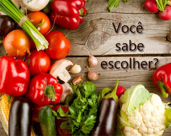 marido_na_cozinha_voce_sabe_escolher_legumes_verduras